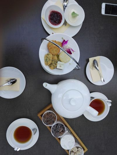 High Angle View Archival Drink Tea - Hot Drink Sweet Food No People Indoors  Sweet Pie Hamburg Meßmer Momentum NewToEyeEm Travel Destinations Tasty Sweets Urban Lifestyle Smartphone No Edit/no Filter Atmospheric Mood Tea Culture Details Clear Sky Vacation Hafencity Hamburg Scene