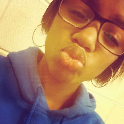 These Lips, You Kiss That♡♥