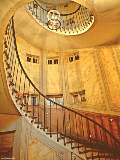 Galerie Vivienne in Paris awesome Stairscase Popular Photos Creative Power Paris The World Needs More Spiral Staircases Tadaa Community Architecture EyeEm Best Edits EyeEm Masterclass Eye4photography  Smgtreppen