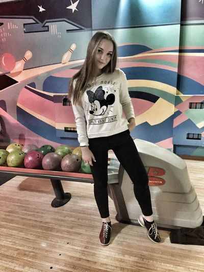 Bowling One Person Full Length Young Adult Indoors  One Young Woman Only Standing Real People One Woman Only Lifestyles Young Women Only Women Popular Popular Photos Hello World Beauty Long Hair Blond Hair Pretty Girl Moscow Goodday ❤❤❤ 😍😌😊 Loveis Beautiful
