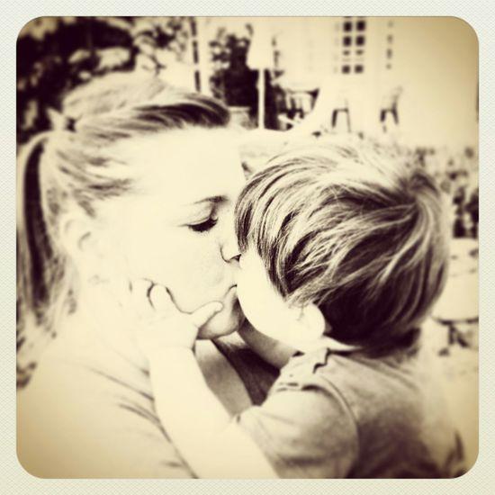 ♥lebeliebelache. Iloveyou Love My Family ❤ Knutschkugel Mommyslittleman Mommasboy Zuckersüß Kuscheln