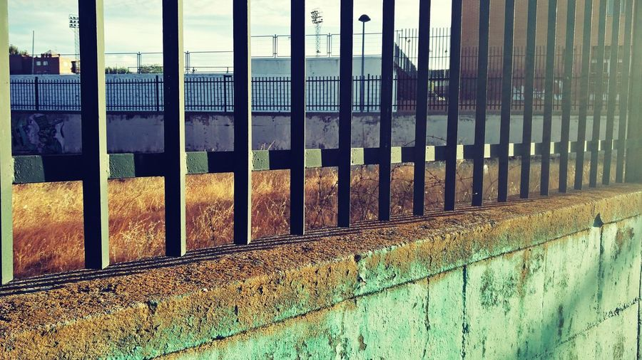 Wall & Fence