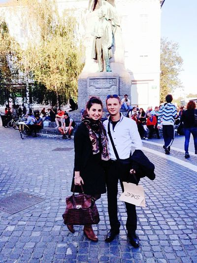 Having a nice friday afternoon in Ljubljana (Slovenia) with my man. :) Tromostovje Visiting Ljubljana Couple Loving My Man  LoveThisMoment Sunnyafternoon Relaxing Time Enjoying Life Smile Hi!
