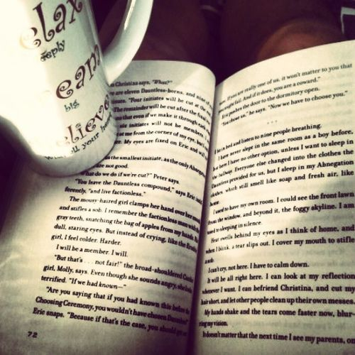 Up early on a snow day with nothing but a good book and coffee :) Snowday Divergent Dorklife