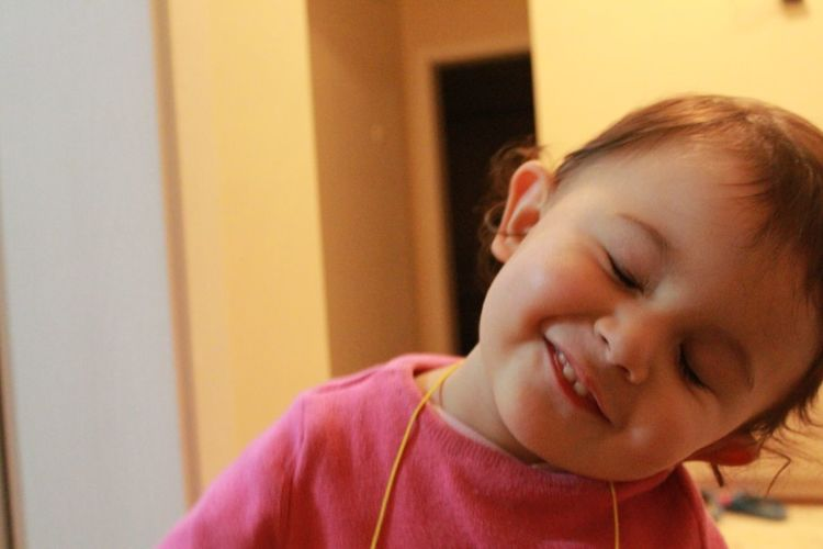 tatlılık :) Baby Masum Bir Gülümseme Innocent Face Taking Photos