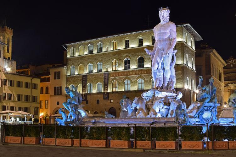 Firenze Firenze By Night Architecture Art And Craft Biancone City Firenzemadeintuscany Illuminated Italy🇮🇹 Night Sculpture Statue Tuscany Italy