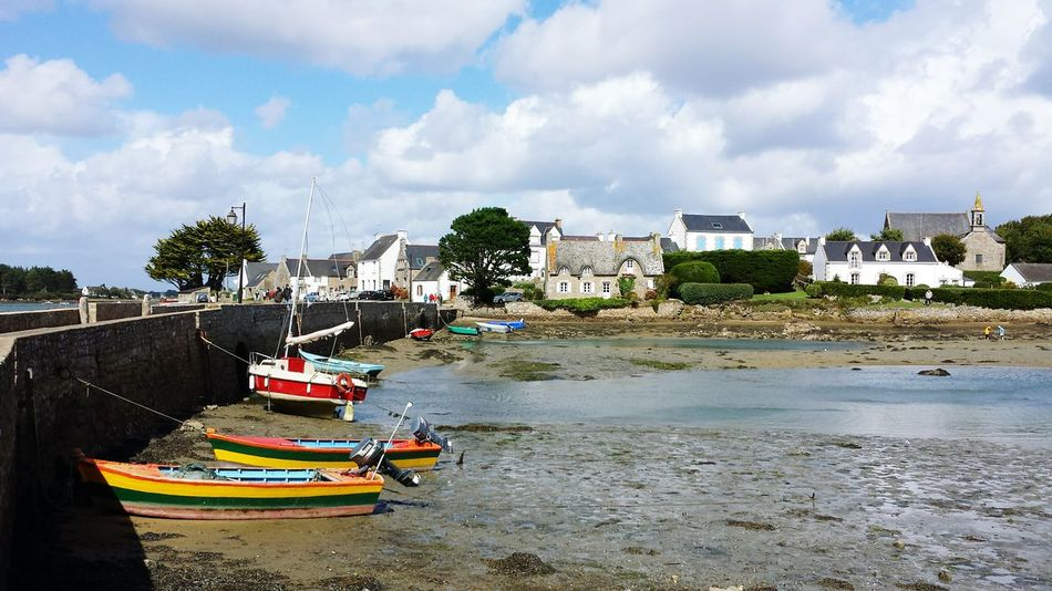 Sea Building Exterior Outdoors Cloud - Sky Multi Colored boats No People Nature Low tide Beauty In Nature Port House Saint Cado morbihan France