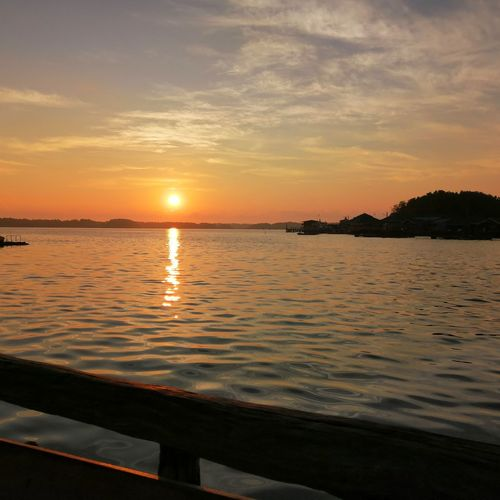 Sunrises Water