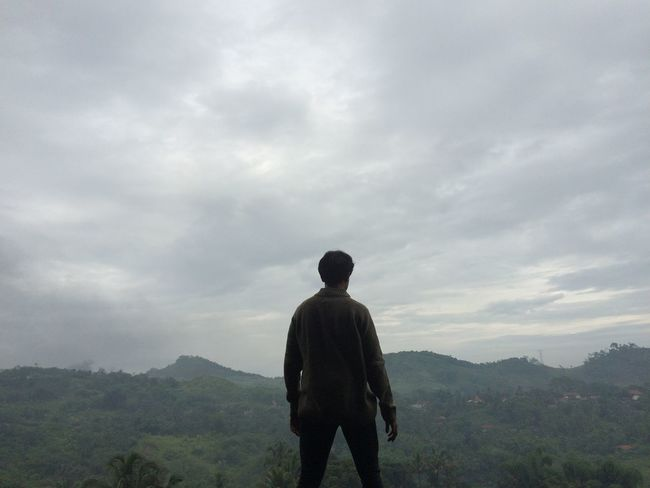 Adventure Brave Cloud - Sky ExploreEverything Exploreindonesia Gentlemen Hiking Landscape Men Mountain Nature One Man Only One Person Outdoors Real People Rear View Sky Standing Tree