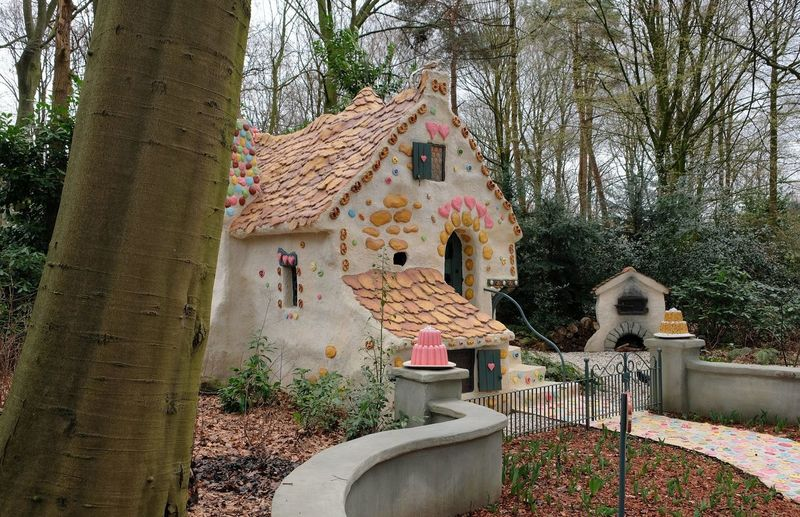Attraction theme park the Efteling, Kaatsheuvel, the Netherlands. Tree Architecture Built Structure Plant Building Nature Building Exterior Day Tree Trunk Trunk No People Roof Art And Craft Outdoors House Branch Creativity Growth Land Representation Place Of Worship