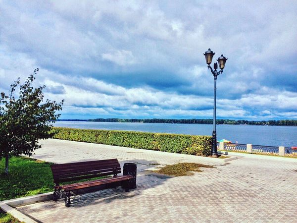 Water Bench Beach Outdoors No People Day Sky Russia Nature Blue Река Волга River река Clouds & Sky облака тучи