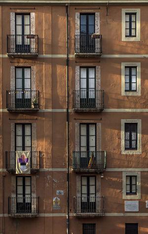 Iterations. f4; 1/200s; ISO 100: FL:50mm © Juan Manuel Saenz de Santa María, 2016. Architecture Backgrounds Building Exterior City Day Eurban Exploration Facades Full Frame No People Outdoors Sky SPAIN Tarragona Tarragonaturisme Traveling Urban Window Windows
