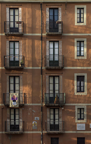 Iterations. f4; 1/200s; ISO 100: FL:50mm © Juan Manuel Saenz de Santa María, 2016. Architecture Backgrounds Building Exterior City Day Eurban Exploration Facades Full Frame No People Outdoors Sky SPAIN Tarragona Tarragonaturisme Traveling Urban Window Windows