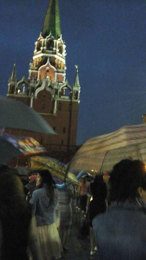 Cities At Night Moscow Kremlin Rain The Photojournalist - 2016 EyeEm Awards The Portraitist - The 2016 EyeEm Awards The Portraitist - 2016 EyeEm Awards The Street Photographer - 2016 EyeEm Awards Cities At Nig The Photojournalist – 2016 EyeEm Awards