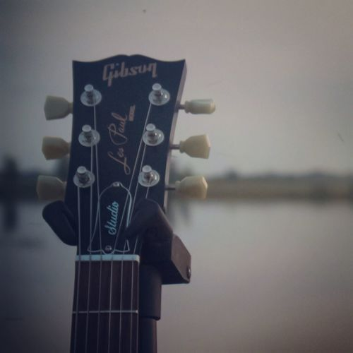 Guitar life Musical Instrument No People Guitar Guitarist Music Musician Musicians Gibson Gibson Les Paul Lespaul Nature Rock Gibsonguitars Solo First Eyeem Photo
