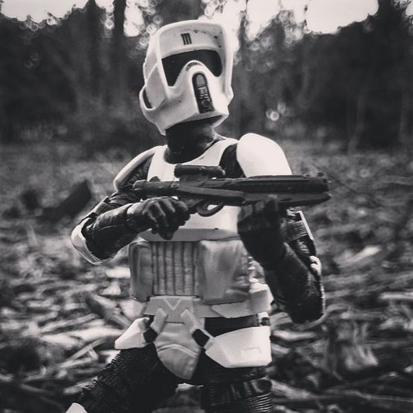 Scotty spotted something in the trees.! Toyptoyphotography Toy_syn Topstarwarsphoto Toptoyphotos Starwarselite Starwarstoyfigs Starwarstoypics Justanothertoygroup Afosw Toyartistry Toyunion Toyoutsiders Toydiscovery Toyslagram_Starwars Toyslagram Toysaremydrug Toygroup_alliance