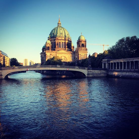 Berliner Dom Museumsinsel Spree Berliner Dom Berliner Berlin Building Exterior Architecture Built Structure Sky Water Clear Sky Waterfront Dome City Building Travel Destinations No People River Outdoors EyeEmNewHere