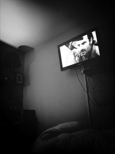 In my room!!! Alone!!!!! I looking the wealking dead.