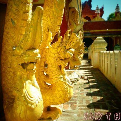 Dragons at Bar ga yar monastery, Mandalay . Mythicalcreature Myth Monastery Dragon Wood Teak Statue Sculpture Myanmararchitecture Architecture Art Mandalay Myanmar Burma Igers Igersmyanmar Igersmandalay Igersburma Vasco Vscocam Vscomyanmar Picoftheday