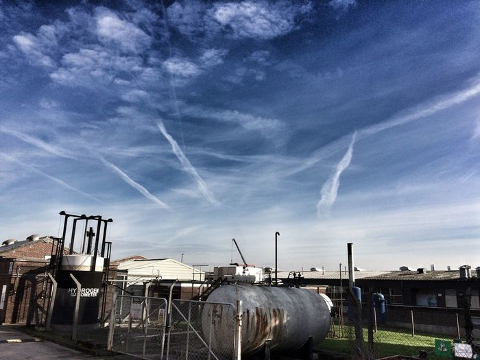 IPhoneography Sky Clouds And Sky Jet Trails Contrails Industrial Industrial Skyline