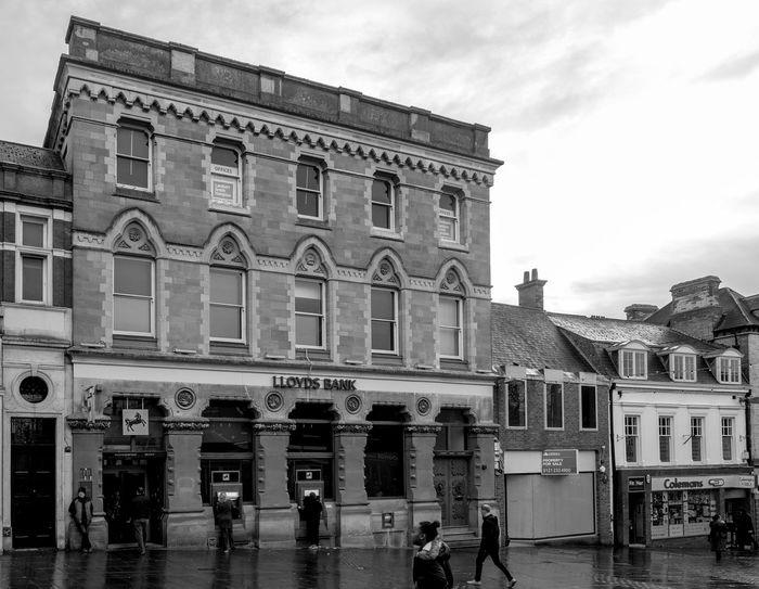Lloyds Bank, Market Street, Wellingborough, Northamptonshire Architecture Bank Street Wellingborough Black And White Urban FUJIFILM X-T2 Town Monochrome Northamptonshire Monochrome Photography Architecture