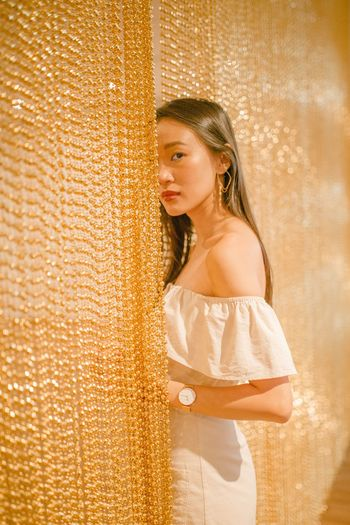 Gold links International Women's Day 2019 Portrait Of A Woman Women Of EyeEm Fashion Photography One Person Women Young Adult Beauty Standing Young Women Fashion Brown Hair Portrait Hair Looking Contemplation Lifestyles