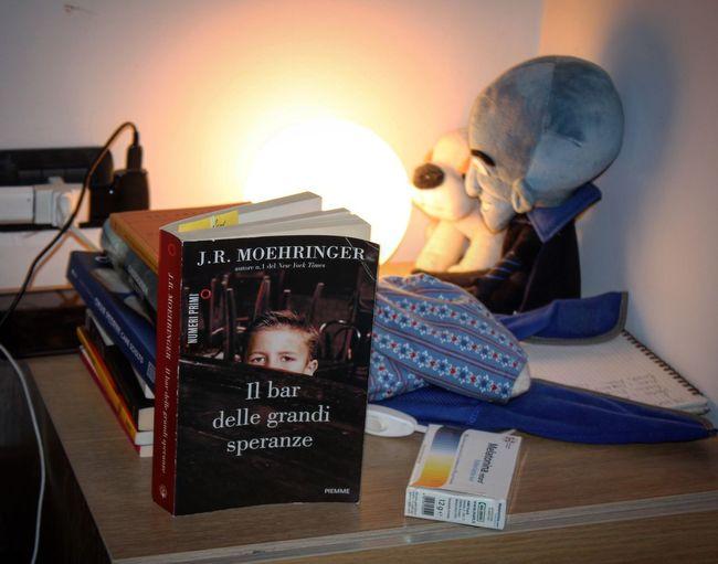 Anobii Comodino Libro Libri  Leggere Read Reading Reading A Book Letture Book Books Bookshelf Bookworm Booklover Bookstagram Bookphoto Bookporn BookLovers Moehringer Thetenderbar