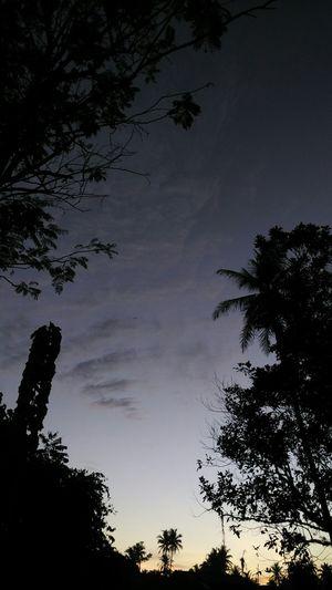 Semua bisa bercerita 😍😜Xiaomimi4i Xiaomi Camera EyeEm Indonesia Clouds And Sky Kamerahpgue Siluette Love This  Senja Kala Itu... This Is Indonesia Hi!
