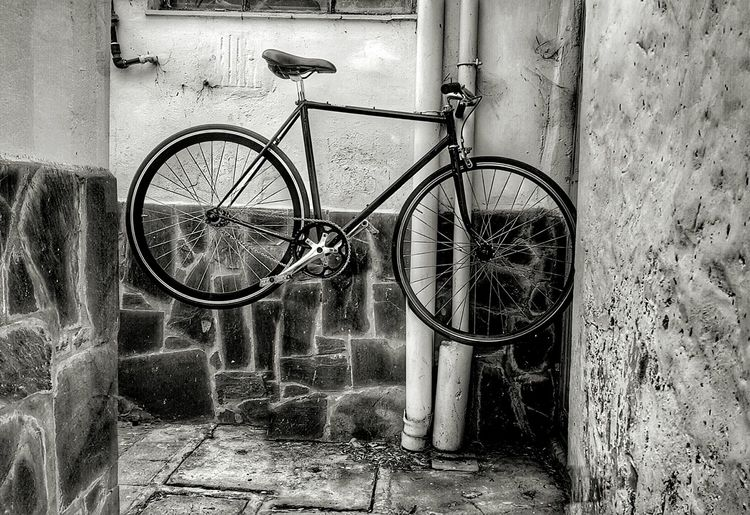 Fixieporn Building Exterior Cycling Fixed Gear Fixiebike LaPlataCity Fixie Bicycle Rack Blancoynegro EyeEm Gallery Outdoors Bicycle Day No People Architecture Transportation Built Structure