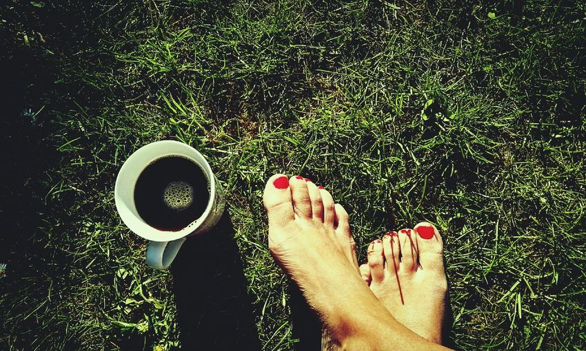 Just coffee Garden Photography Gardenlife Coffee Break Red Feet EyeEm Nature Lover That's Me Taking Photos Hanging Out Bare Feet Summertime Feetselfie Left Behind HuaweiP8 Grass Light And Shadow