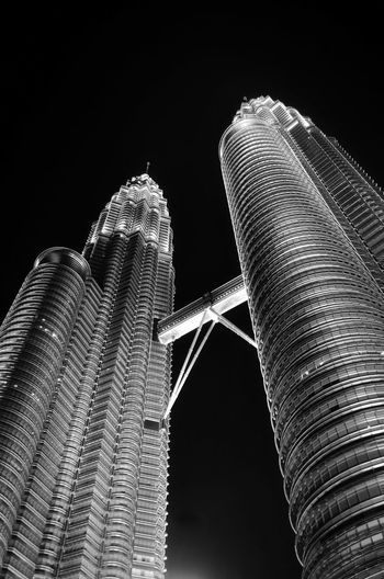 KLCC tower in black and white. KLCC is the tallest building in malaysia. Blackandwhite Fine Art Photography Malaysia Background Concept Night Klcc KLCC Twin Towers Architecture Design Building Exterior Wallpaper Black Background Close-up Building Tall Architectural Detail Office Building Built Structure Tall - High Tower TOWNSCAPE Skyline Residential Structure Office Block Exterior Historic Urban Scene