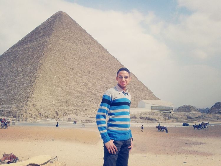 A great Pyramids of Giza :D Photography Check This Out Hi That's Me :) algiza