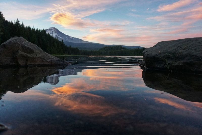 Cascade Mountains Pacific Northwest  Oregon Outdoors Cascadia Mt Hood Water Reflections Sunset Water Mountain Lake Forest Sunset Tree Reflection Wilderness Mountain Peak Mountain Ridge Evergreen Tree Snowcapped Mountain