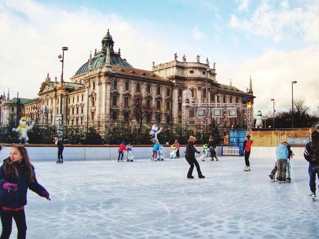 München Munich Munich Architecture Munichlove EyeEm Munich This Is Munich In Munich  Canon EOS 600D DSLR Canon EOS 600D Ice Skating Ice Skating Rink Ice Skating ❄ Ice Skate Ring Ice Skating!  Ice Skating <3