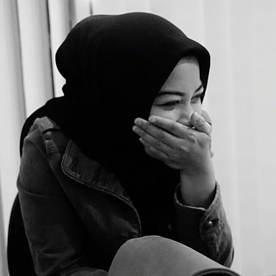 Shy girl... Shy Shygirl Hijab Office Life Office Mate Portrait Close Up Nikon D3200