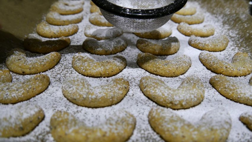Homemade cookies on backplate Vanilla Crescents Freshness Close-up Delicious Cookies Homemade Cookies Selective Focus Cookies Decoration EyeEm Gallery Eyem Gallery Ready-to-eat Sweet Food Food Large Group Of Objects Christmas Cookies Abandance Screen Powdered Sugar Indoors  Backplate Handmade For You