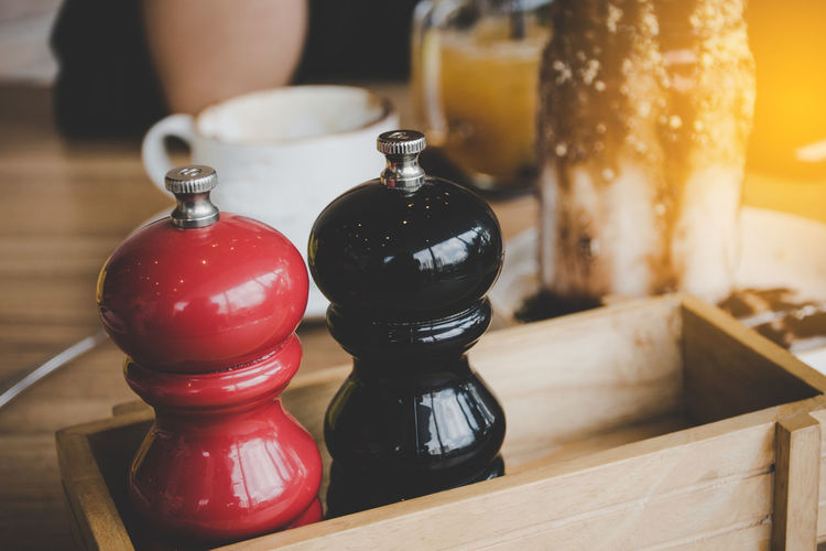 Breakfast Cooking Diet Dinner Lunch Salt Black Color Bottle Close-up Container Day Focus On Foreground Food Food And Drink Glass Indoors  Kitchen Ware Metal Peper Mill Pizza Relaxation Still Life Table Tray Wood - Material