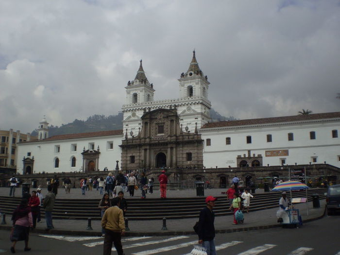 #ecuador #IglesiaSanFrancisco #Quito #TheTourist Architecture Church Culture History Place Of Worship