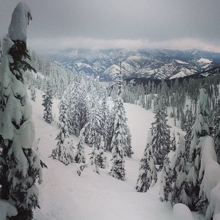 @taeckhart just sharing to make you a lil Homesick  Snowboarding @silvermountain Homesick  day Untracked Happiness