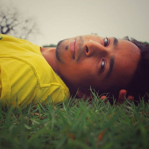Woods are still dark and deep But i have to go miles before i sleep 😎 Yellowstain P.C. @kshat_jain