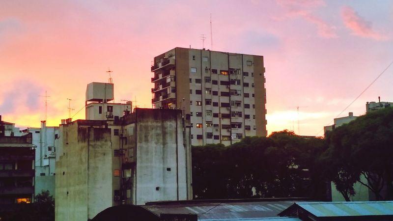 Hello World Buenosaires Belgrano Atardecer