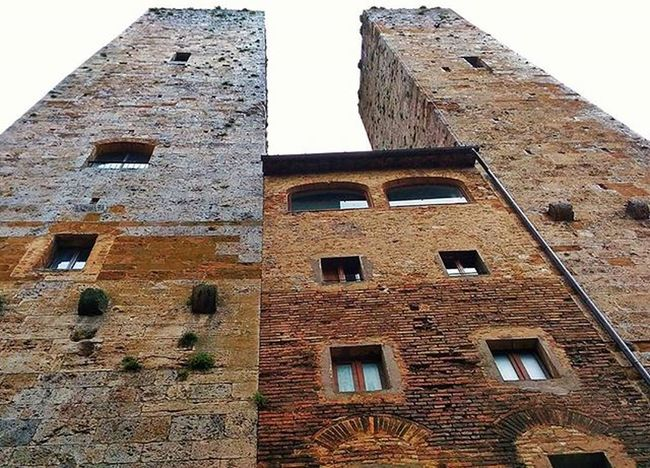 Torridisangimignano Torre Torri Medievalcity Architecture Tuscany Vivoinunpostomeraviglioso Vivoinunpostobellissimo Sangimignano Ig_tuscany Ig_sangimignano