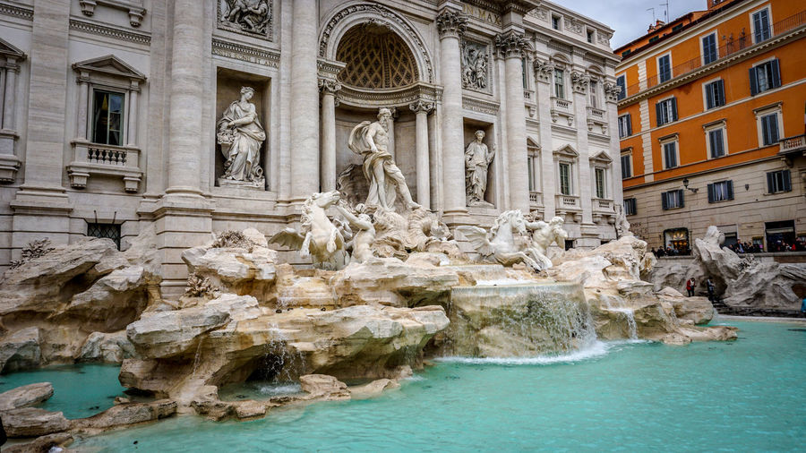 Fontana di Trevi. Trevi Fountain. Rome, Italy. Water Fountain Monument Windows Sony A6000 Sony Photographer Photo Photography EyeEm Best Shots EyeEm Selects Sonyalpha Italy Archs Architecture_collection Architecture Fontana Di Trevi Fontana Trevi Fountain Water Water Statue History Sculpture Architecture Building Exterior Built Structure Travel Façade Fountain Place Of Interest