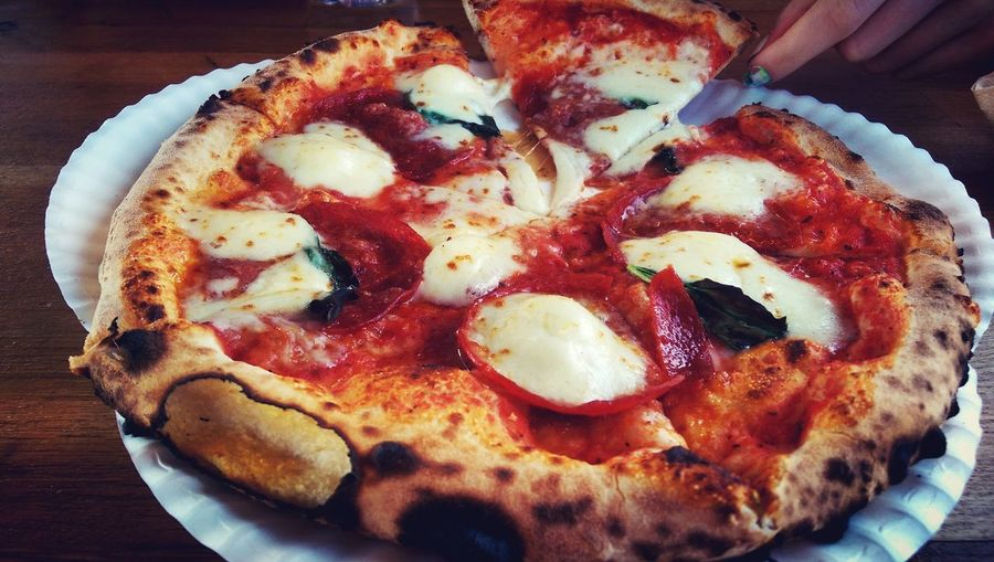 Margherita Pizza Pizza Revoloution