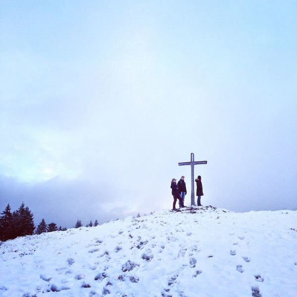 Gipfeltreffen Rettenschöss Forest Snow ❄ Snow Winter Wintertime Autumn People Hiking Walking Explore Traveling Germany Austria Bavaria Bayern Munich Nature Nature_collection Cold Cold Winter ❄⛄ Jesus Religion