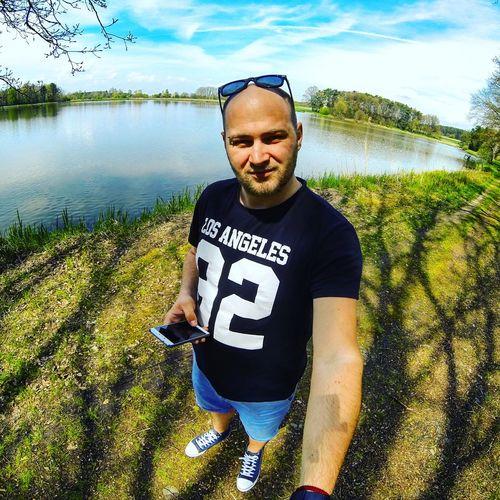 👟👓📷🐳⚓✌Germany Walking Alone... Lake Sunny Day Hotday Goprohero3 3wayarm Rayban Slovakman