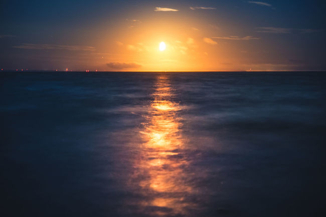 Moonset. Sunset Reflection Sea Dramatic Sky Scenics Cloud - Sky Beauty In Nature Nature Horizon Over Water Outdoors Water Sun Beach Sky Landscape Silhouette Dusk Tranquility Tranquil Scene No People Pentax Sweden Serenity Beauty In Nature Reflection
