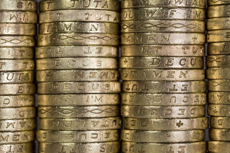 Q quid Money Cash Currency British Pound Sterling Pound Uk Foreign Exchange  Stock Golden Chancellor Accountancy Budget Coins Showcase: March Bank Pound Quid Coin Finance