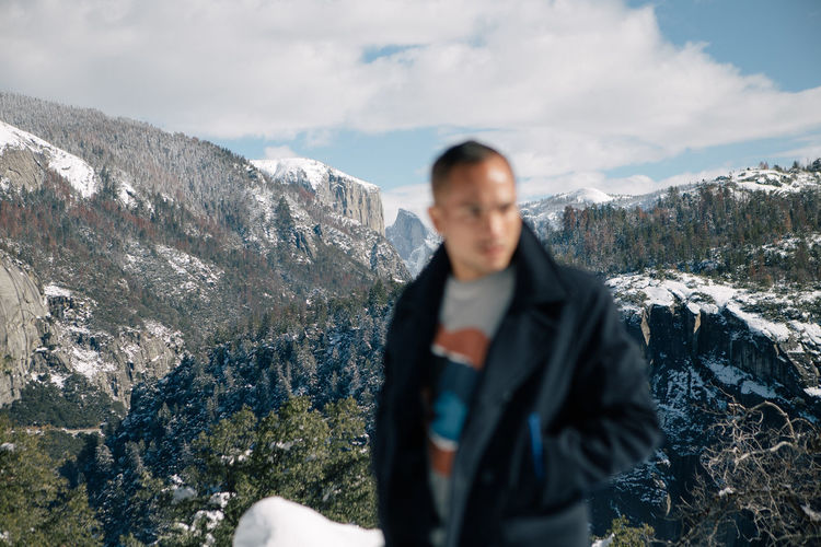 Go where the grandeur is all around you. ♡ #yosemite #yosemitenationalpark #elcapitan #halfdome #california #usa #winter #landscape #canon #vsco #vscocam Blurred Half Dome Parks View Wintertime Yosemite Yosemite National Park Clouds And Sky Cold Temperature Day Front View Leisure Activity Lifestyles Mountain Mountain Range Nature One Person Outdoors Portrait Rock - Object Sky Snow Standing Viewpoint Winter Lost In The Landscape Be. Ready. Shades Of Winter The Great Outdoors - 2018 EyeEm Awards The Traveler - 2018 EyeEm Awards My Best Photo