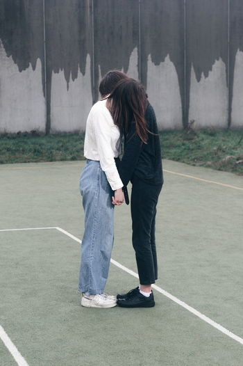 Sweet fragile love Pastel Power Fresh On Eyeem  VSCO Pieceful Fragile Friendship Couple #NotYourCliche Love Letter Full Length Togetherness Women Standing My Best Photo
